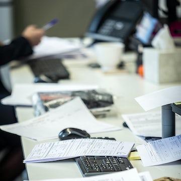 GHA_Office Team At Work_LR_11