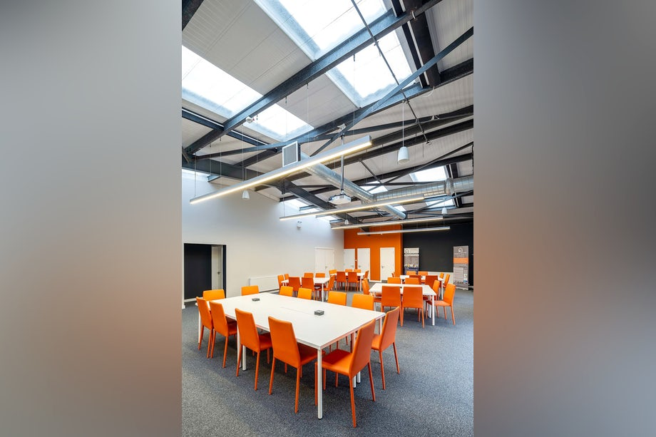 Conference_Room_5
